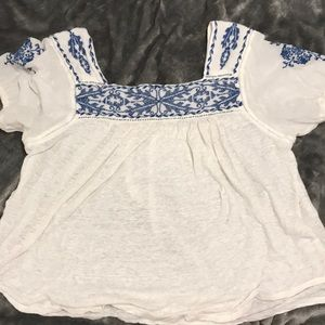 Lucky Brand t-shirt with tied sleeves!